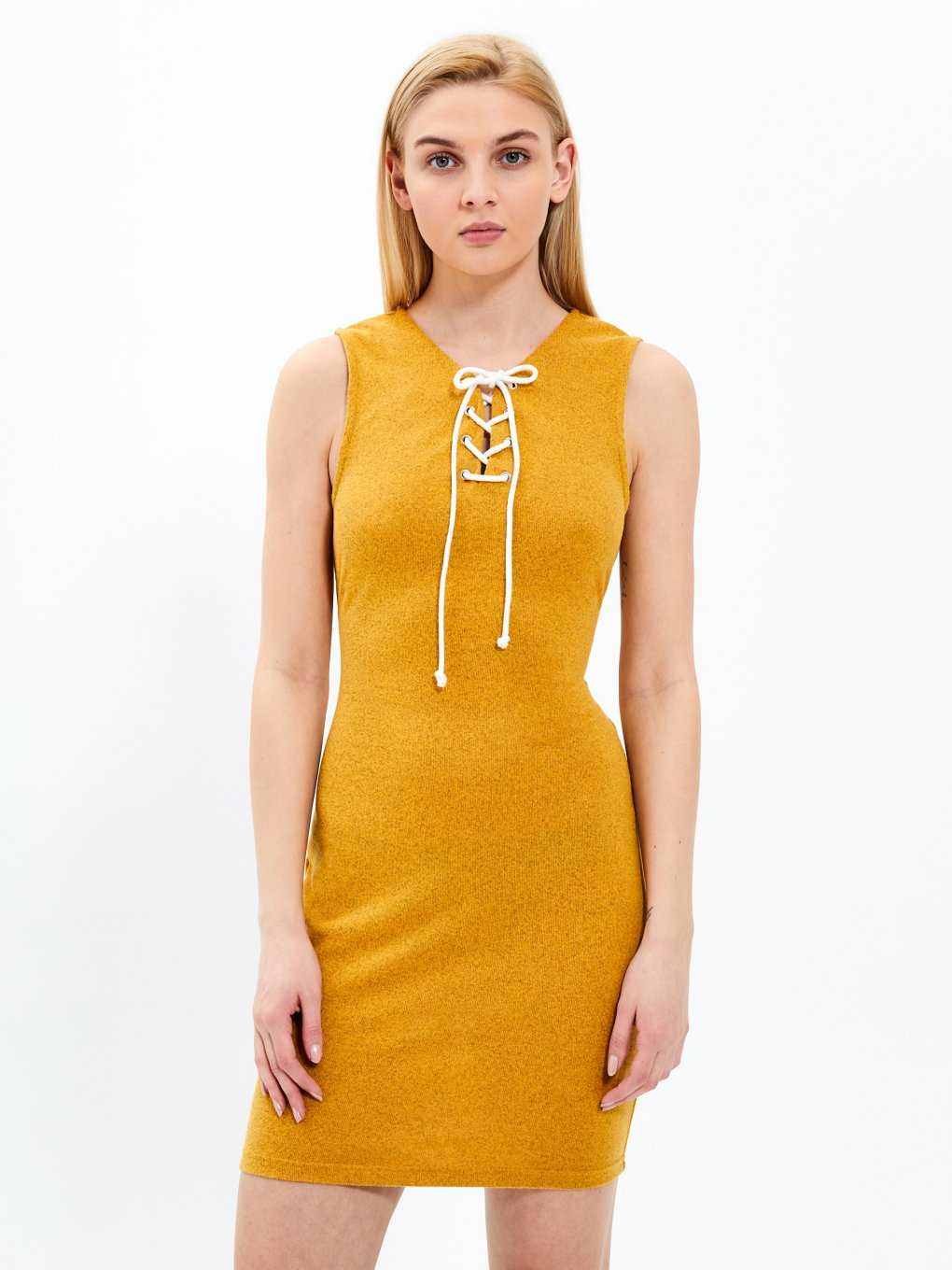 Bodycon dress with front lacing