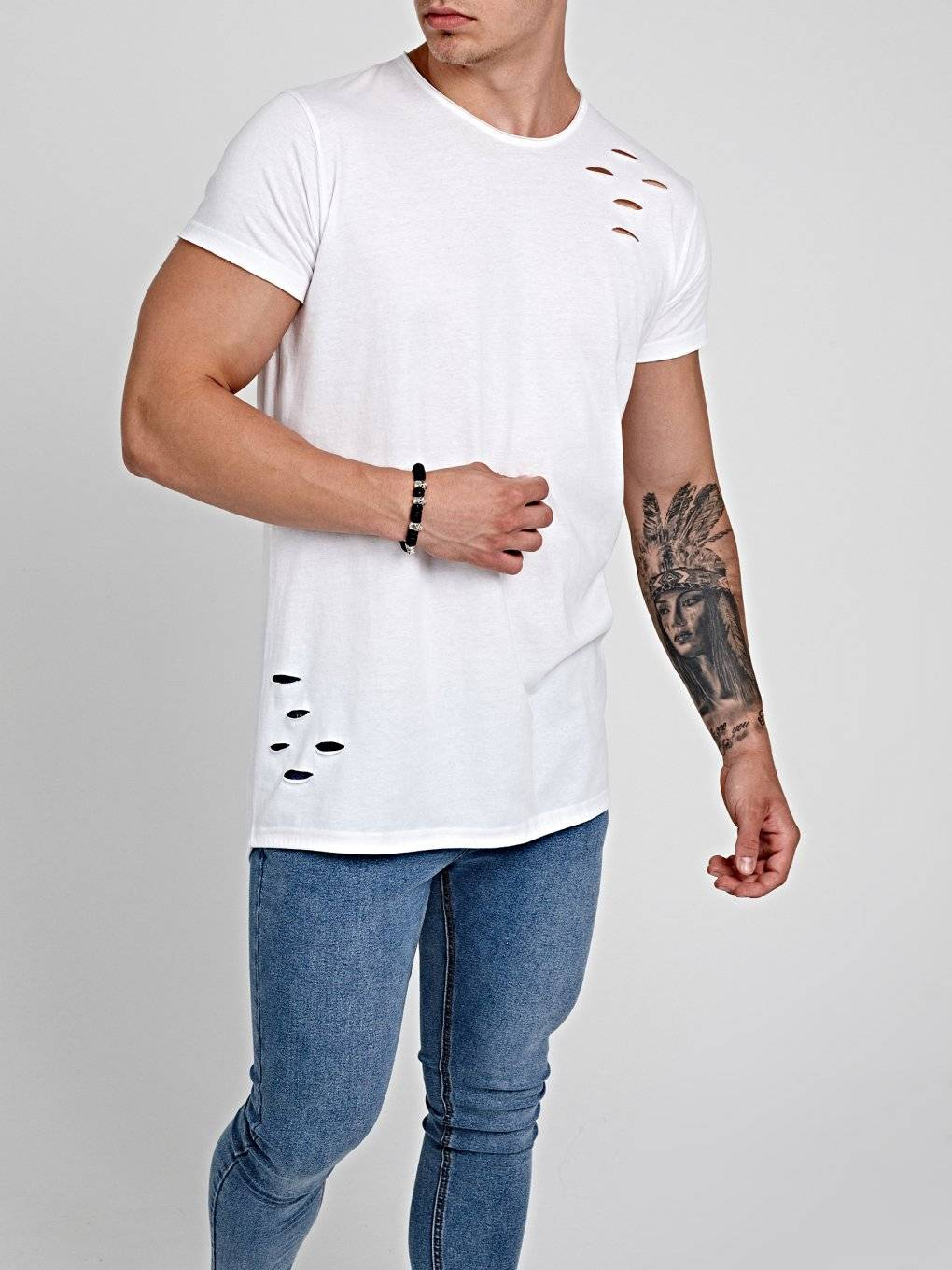 DISTRESSED T-SHIRT WITH FISHTAIL