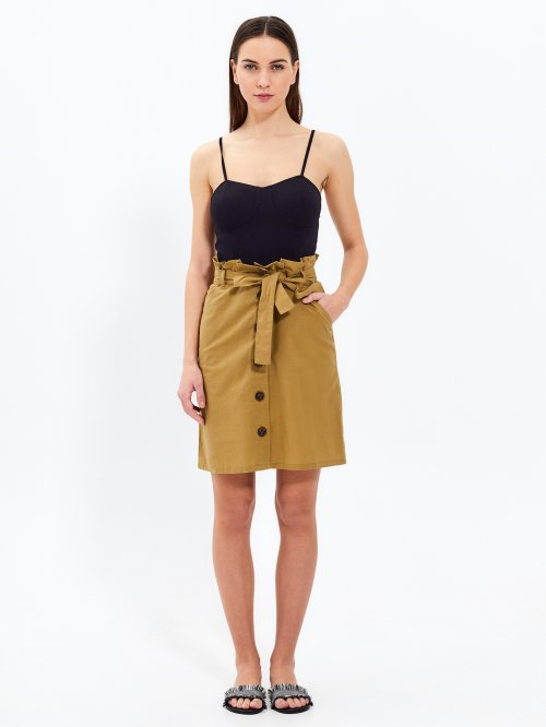 Paper bag skirt with buttons