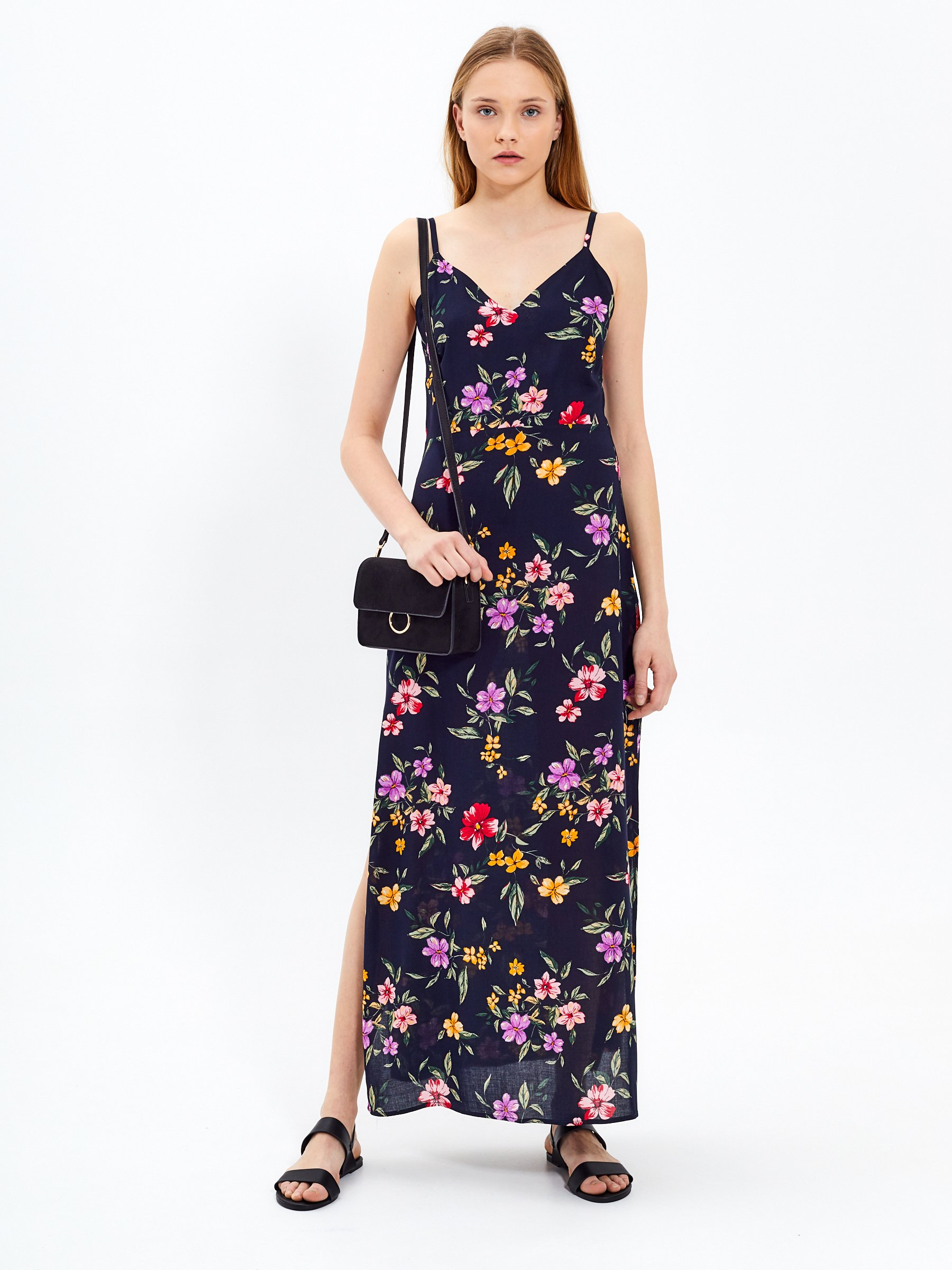 ae1905c9065b8 Floral print strappy maxi dress | GATE