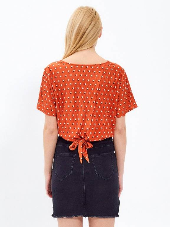 Top with back knot