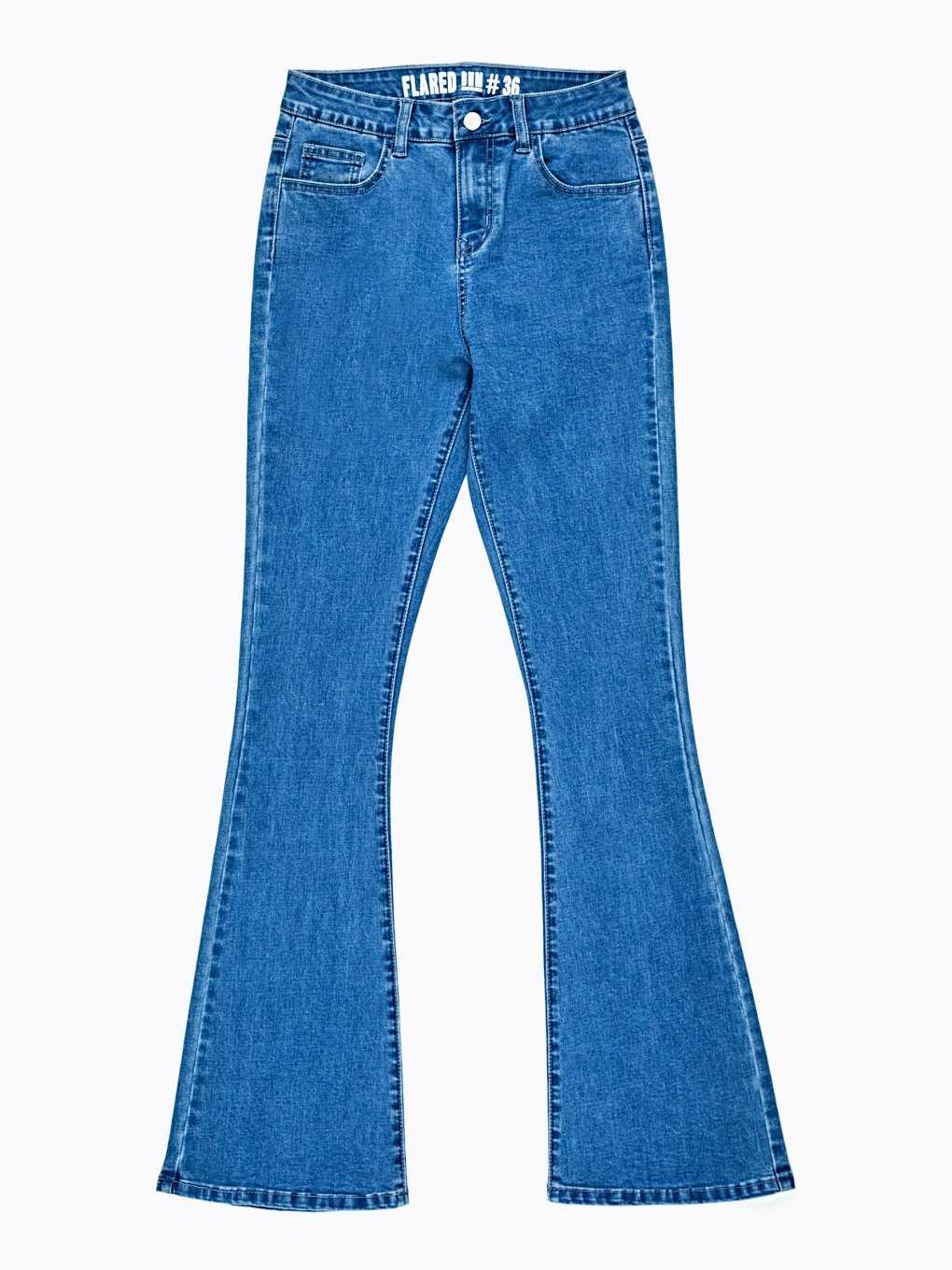 Flared jeans in mid blue wash
