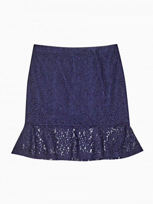 Lace skirt with ruffle on hem
