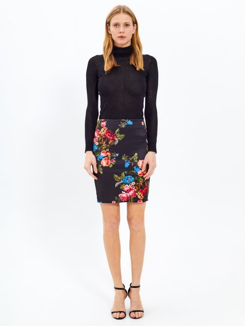 Bodycon skirt with floral print