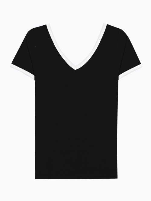 Basic v-neck t-shirt with contrast trims