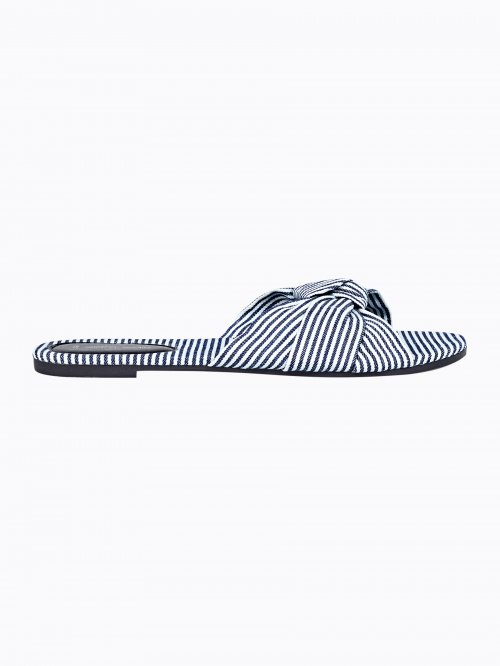 Striped slides with knot
