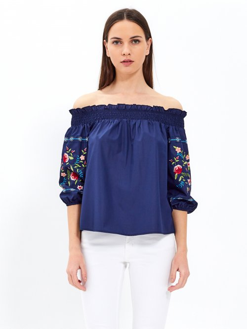 Off-the-shoulder blouse with embroidered sleeve