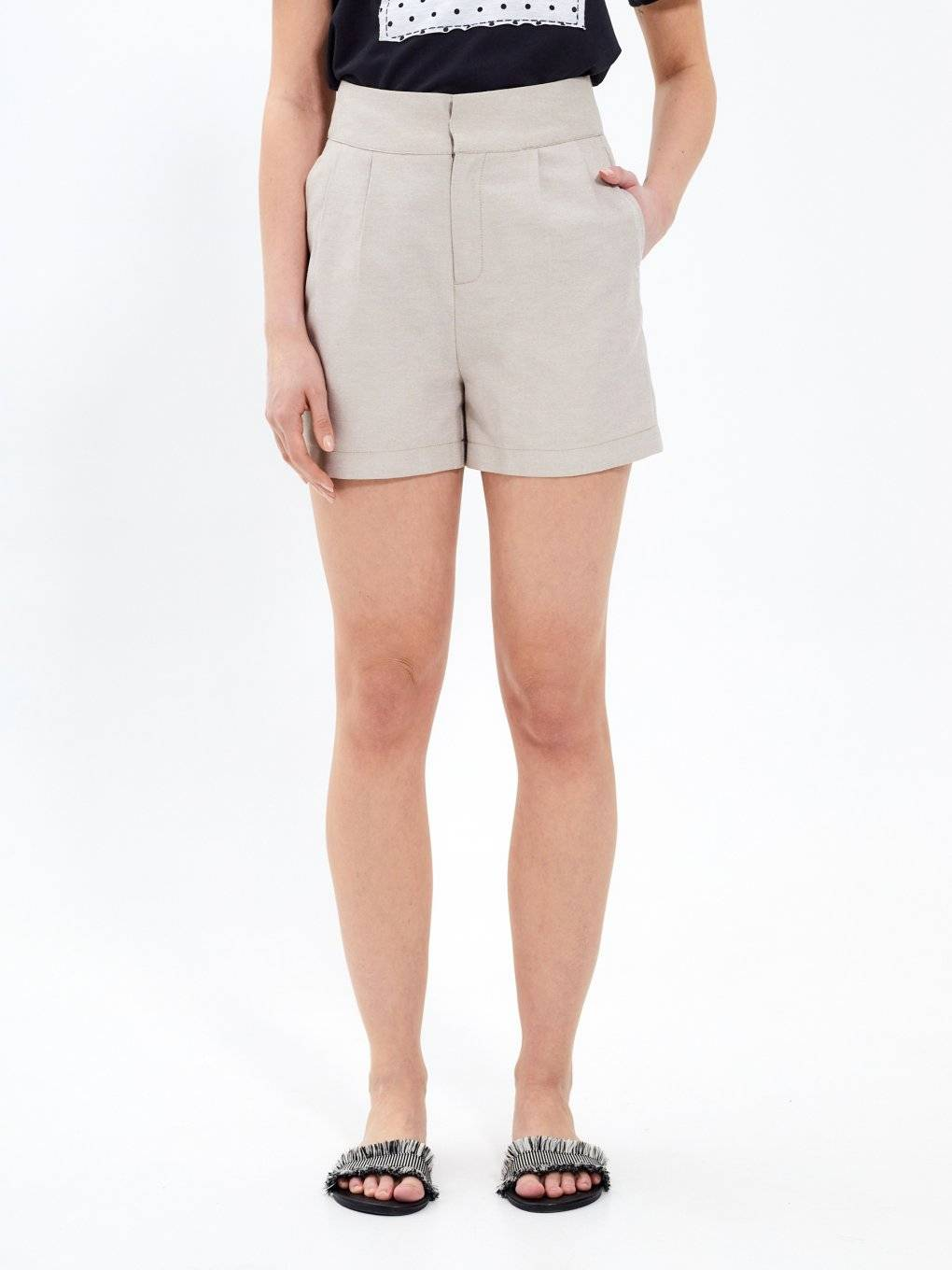 Highwaisted shorts