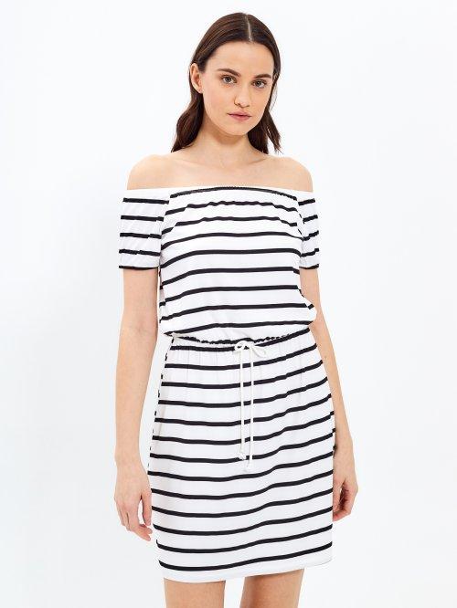 6dc92049e038 Proužkované šaty