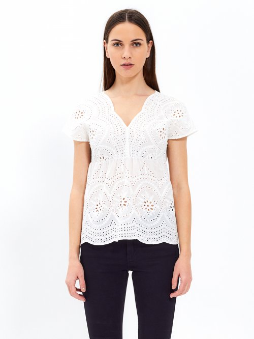 Broderie anglaise top