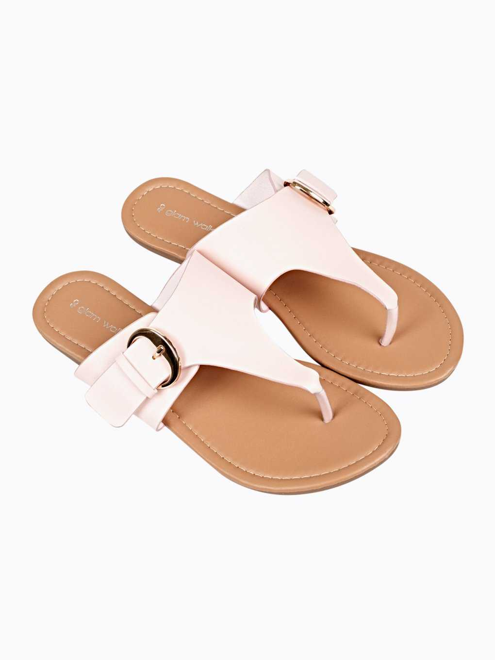 FLAT SLIDES WITH BUCKLE DETAILS