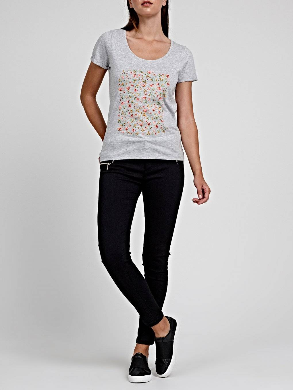 T-SHIRT WITH FLORAL PRINT