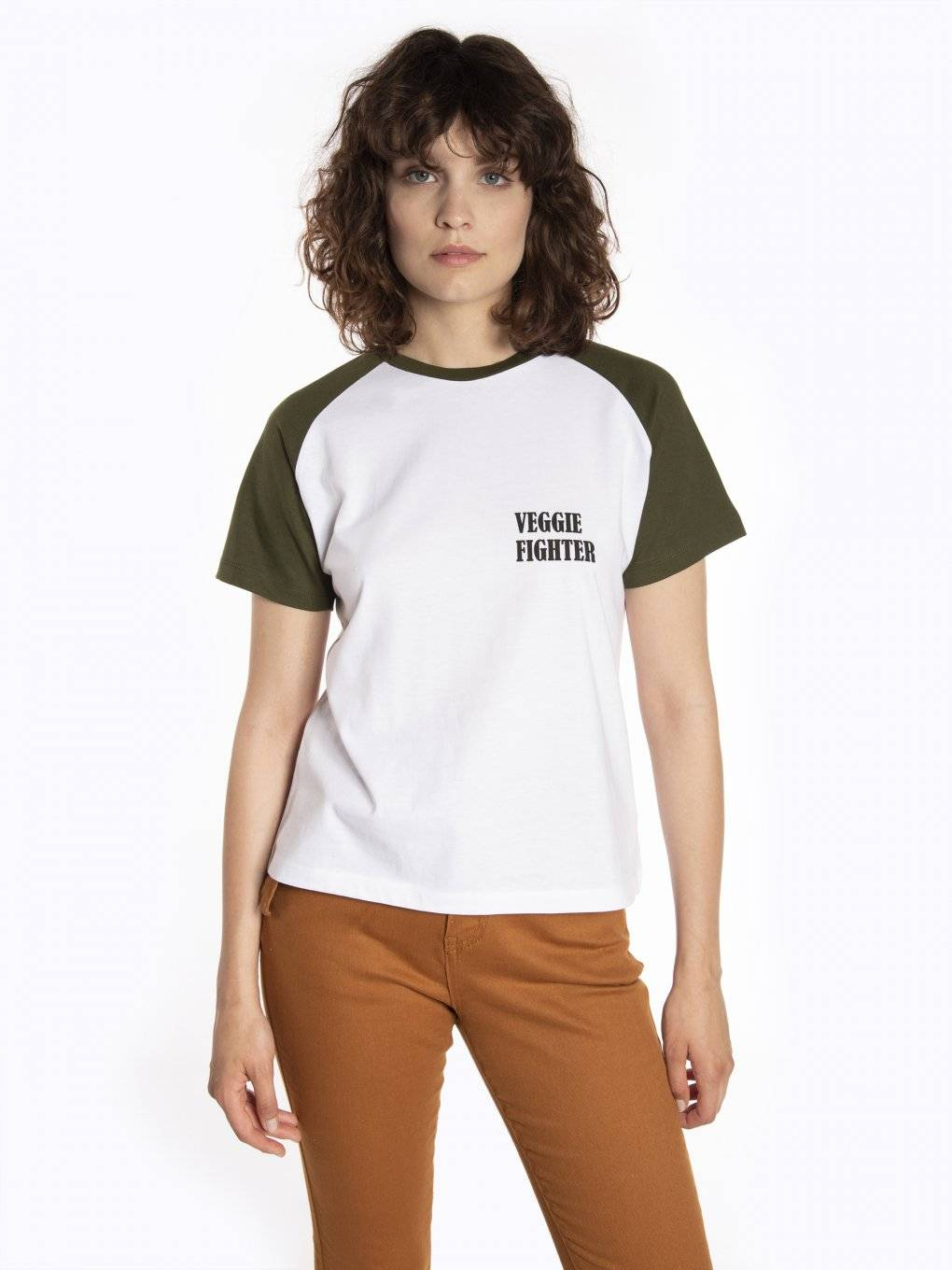 Raglan sleeve t-shirt with message print