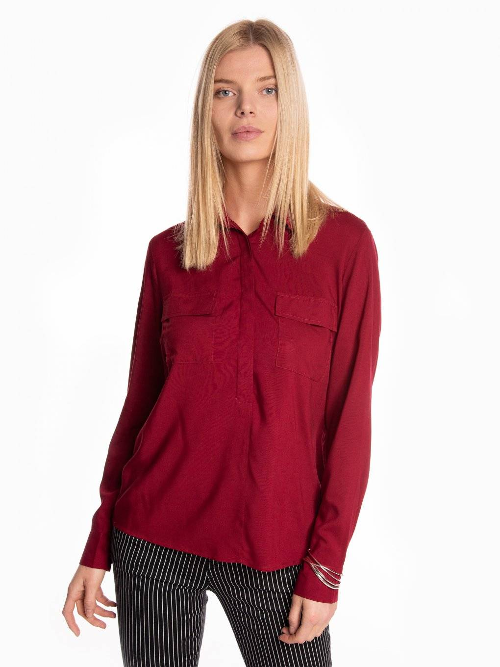 Basic viscose blouse with chest pockets