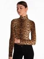 Leopard print turtleneck t-shirt