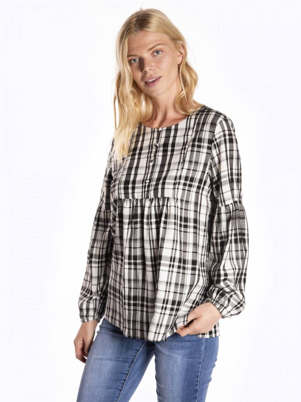Paid blouse with baloon sleeves
