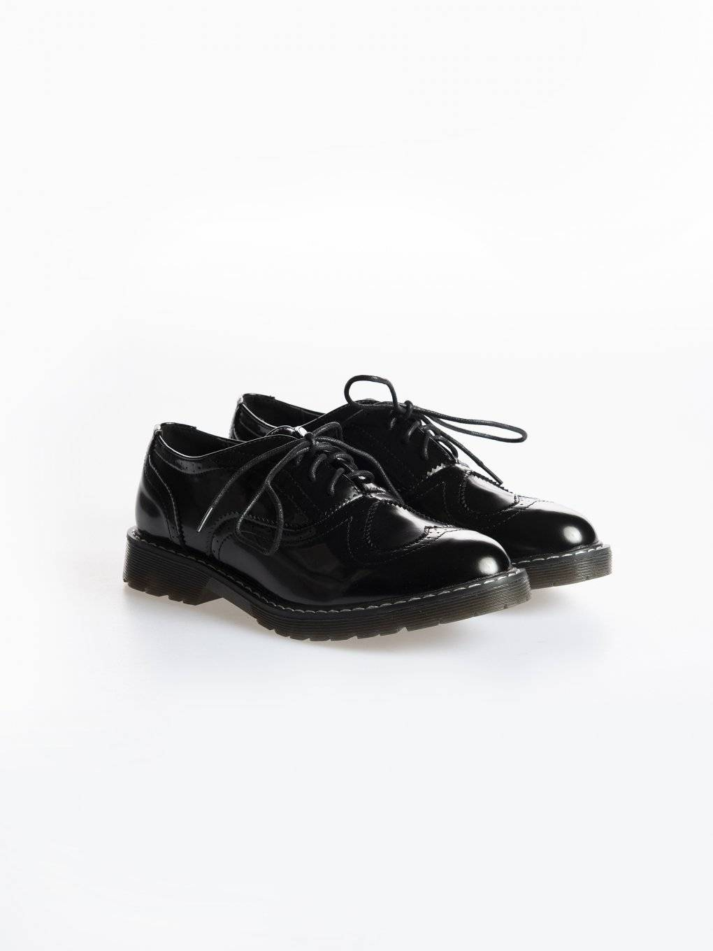 Faux leather oxford shoes