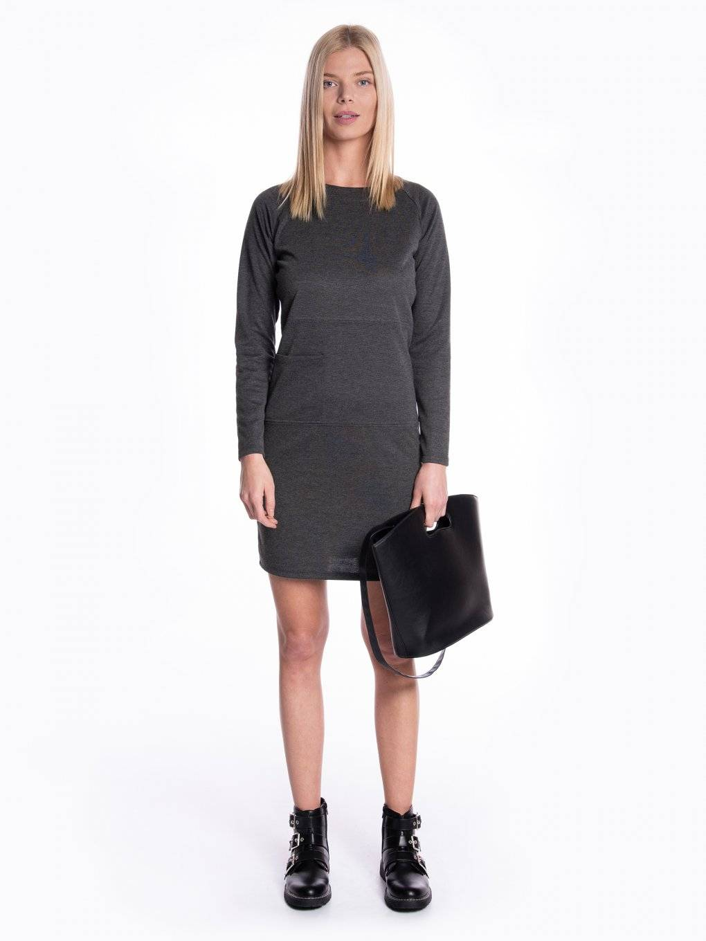Comfy dress with pocket