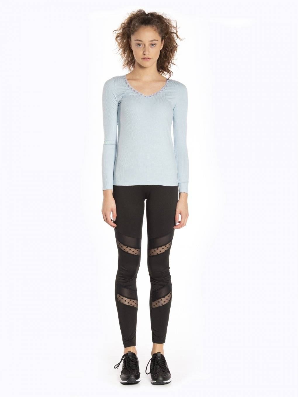 Leggings with mesh detail
