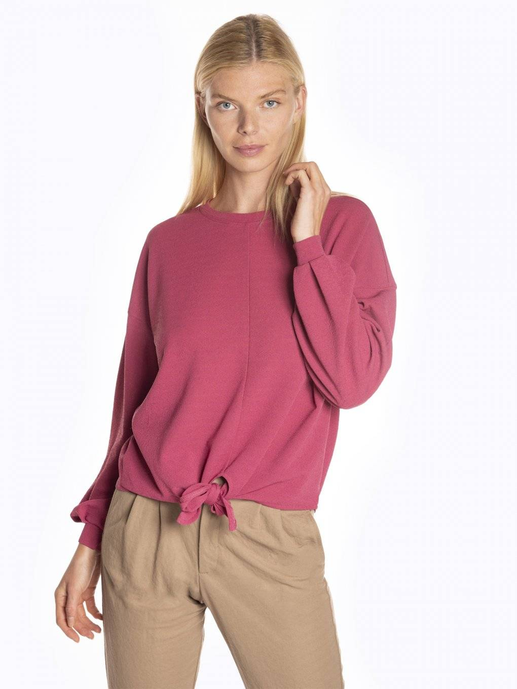 Baloon sleeve t-shirt with knot