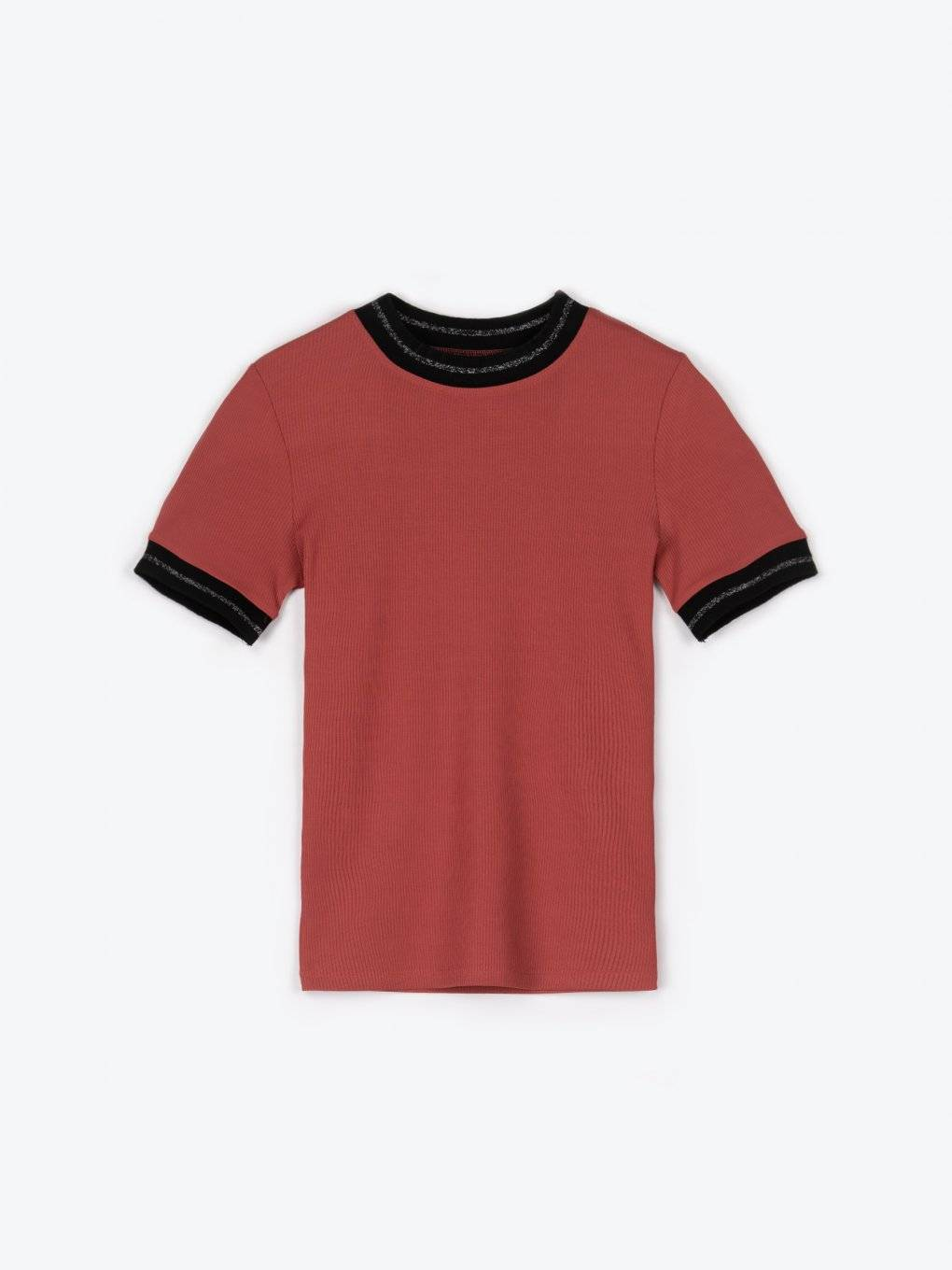 Ribbed t-shirt with embelished neck trim
