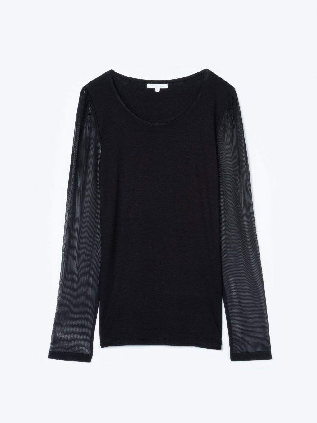 T-shirt with mesh sleeves