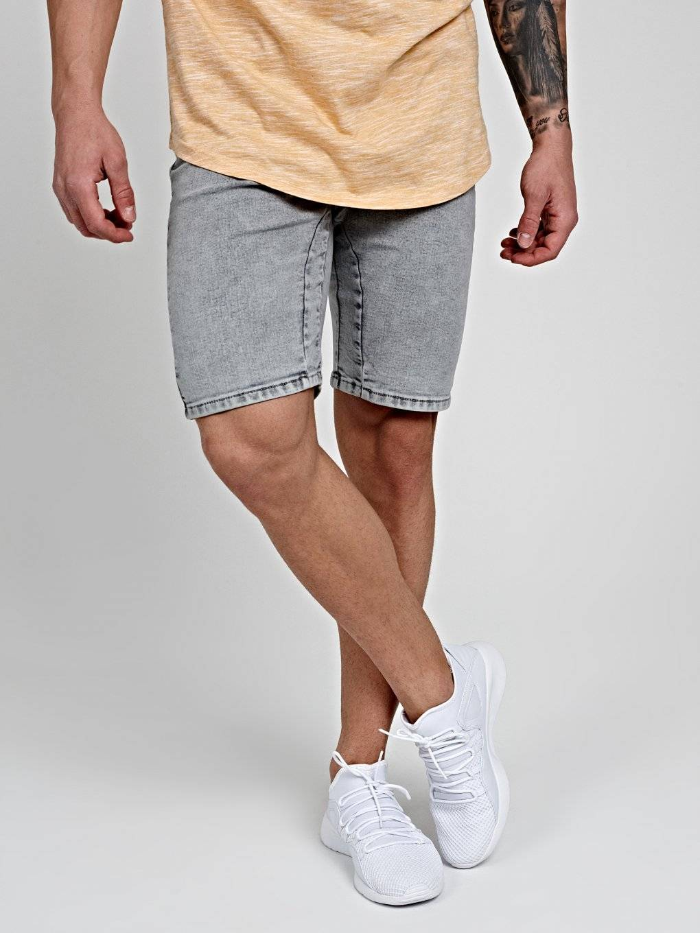 STRETCH DENIM SHORTS