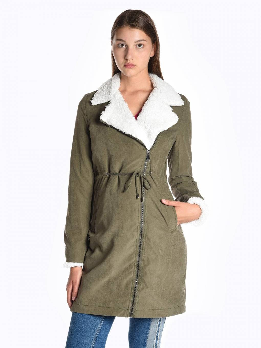 Longline jacket with asymmetric zipper and pile details pile details