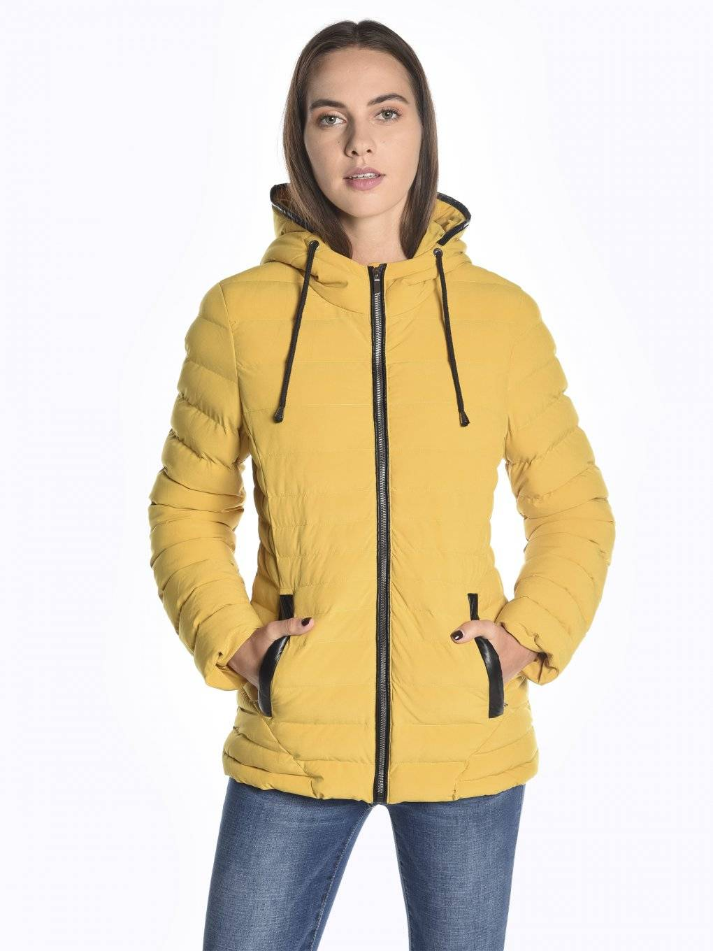 Water-resistant quilted padded stretchy jacket with hood
