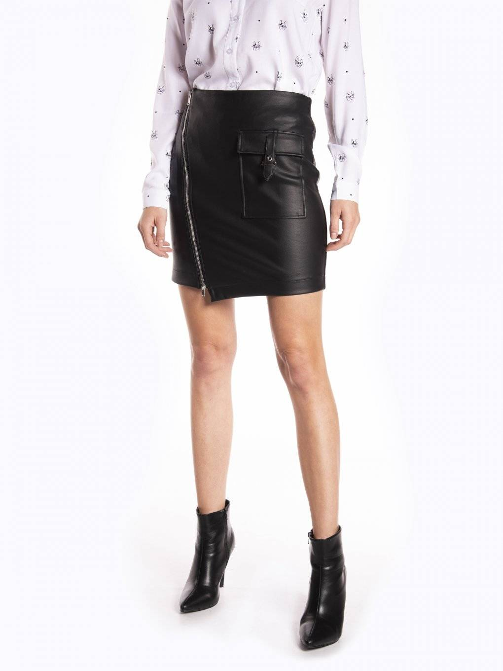 Faux leather skirt with asymmetric zipper