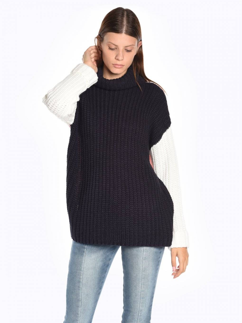 Oversized three colour sweater