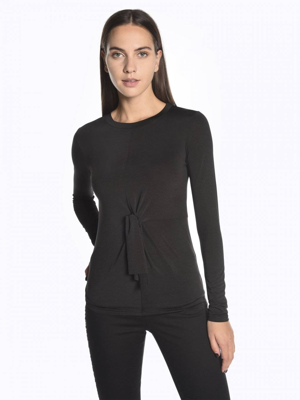 Knot front long sleeve t-shirt