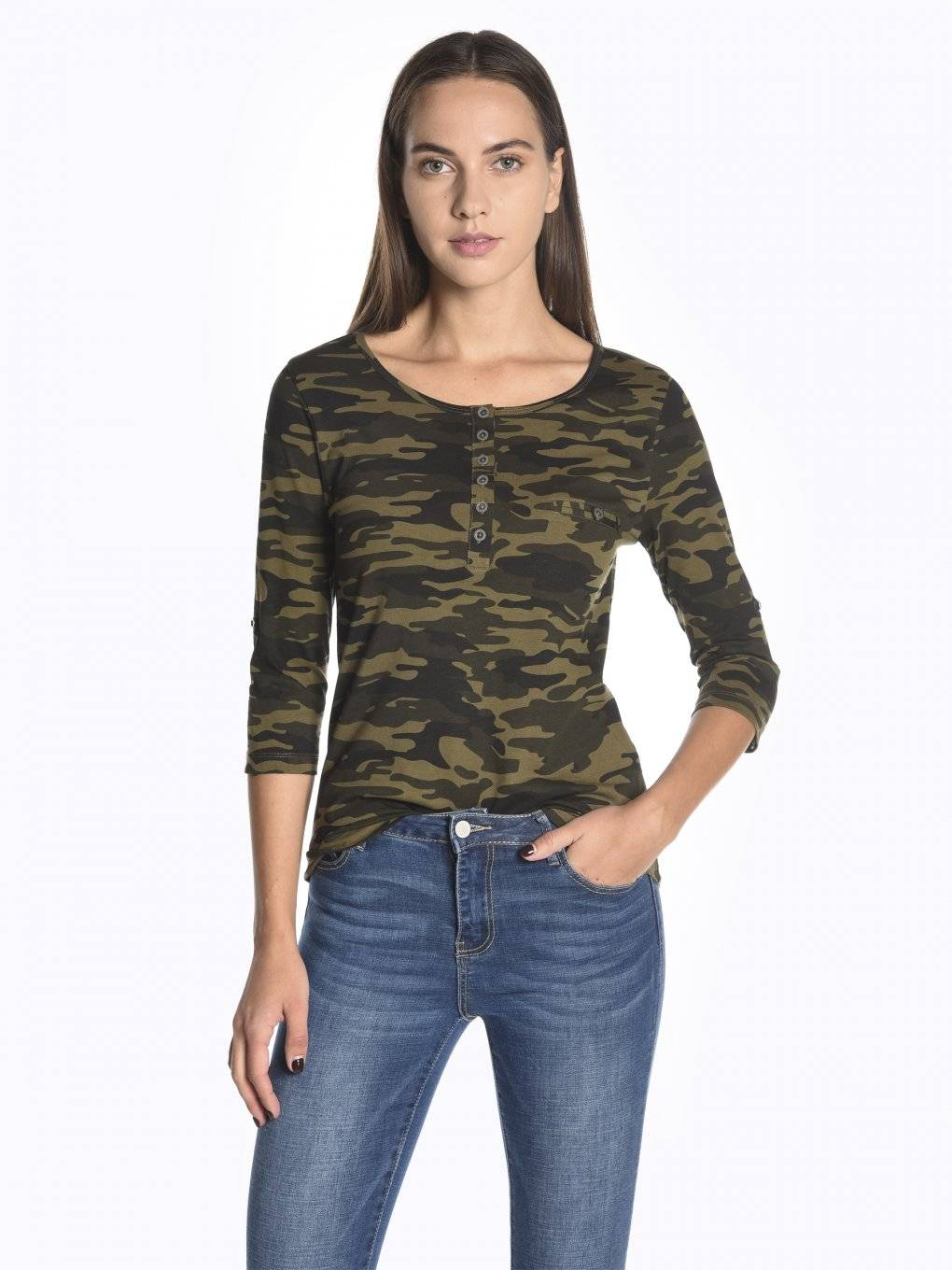 Camo print long sleeve t-shirt with buttons