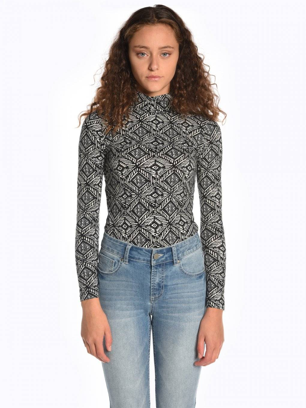 Printed roll neck t-shirt