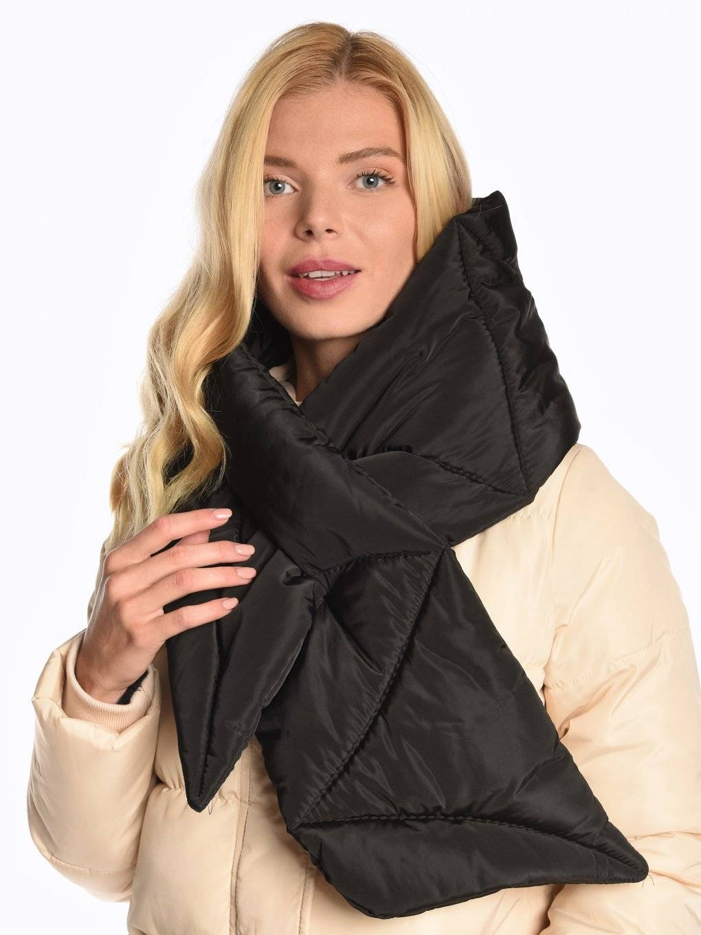 Quilted padded scarf