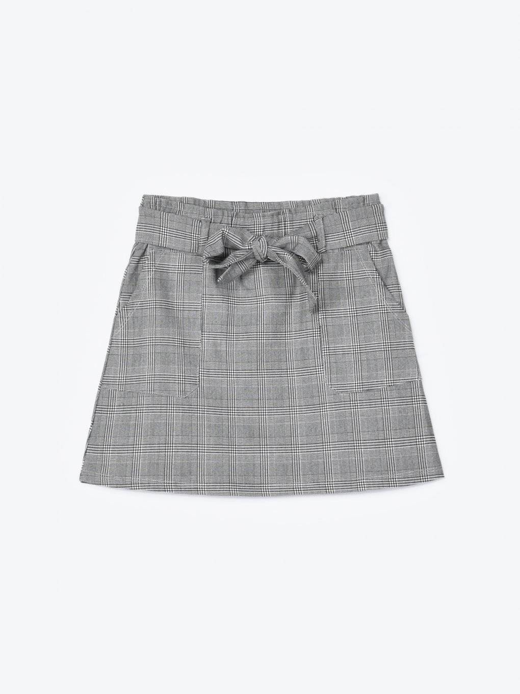 Paperbag plaid skirt with patch pockets