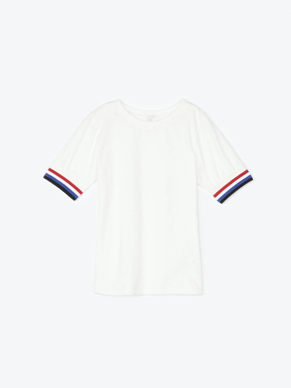 T-shirt with striped trims