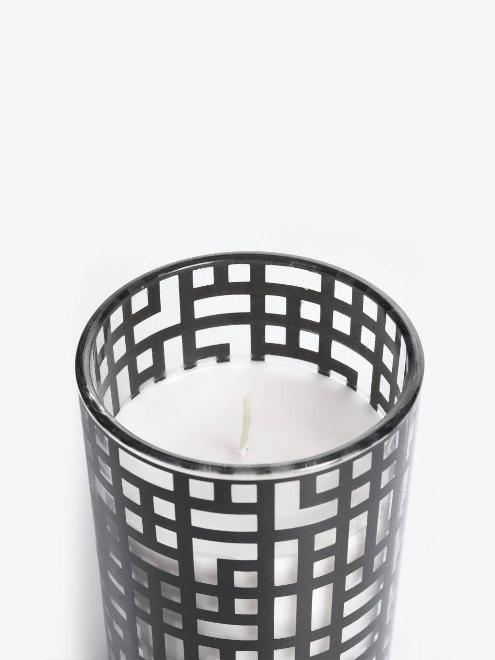 Paris armour scented candle