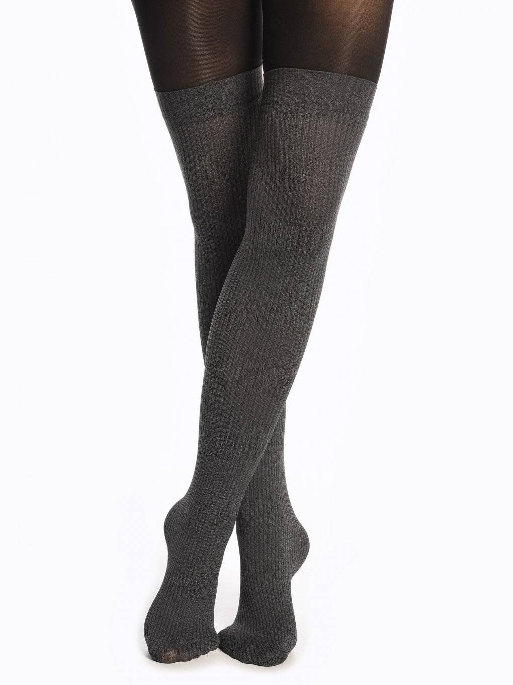 Over the knee effect tights