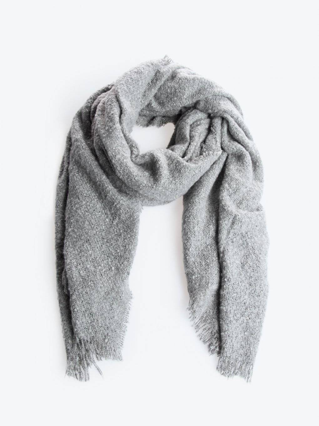 Basic soft scarf