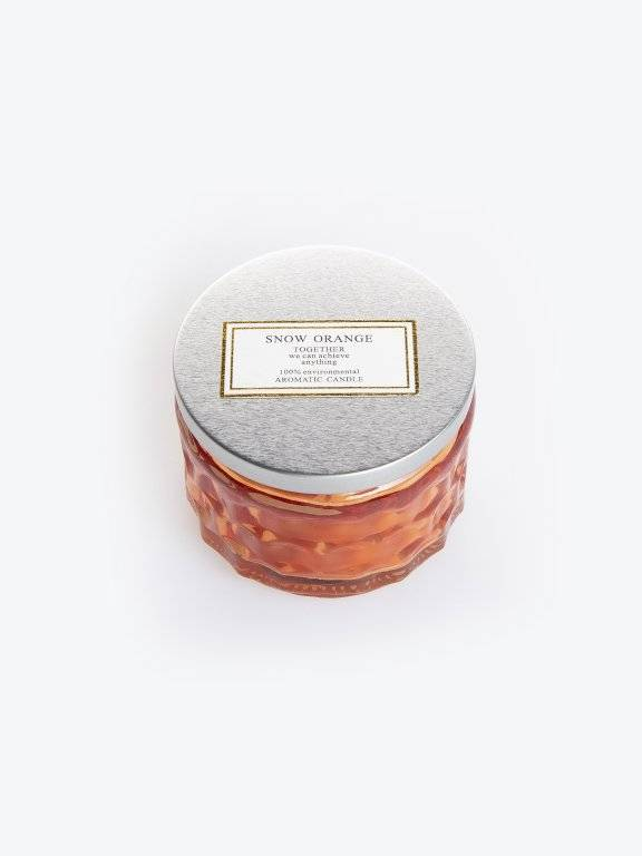 Snow orange scented candle