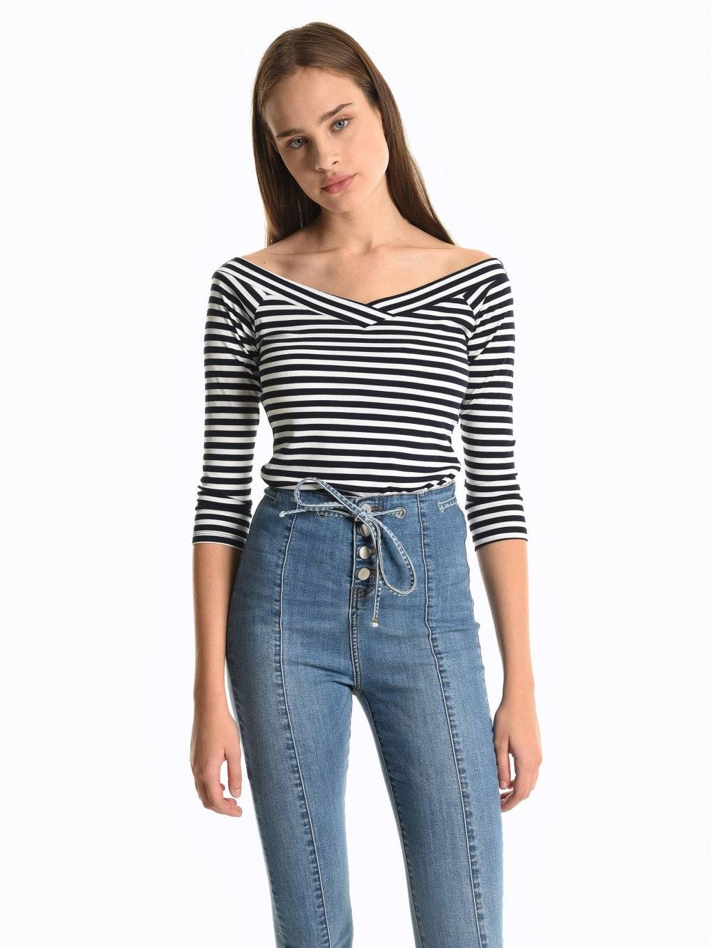 Off-the-shoulder striped top