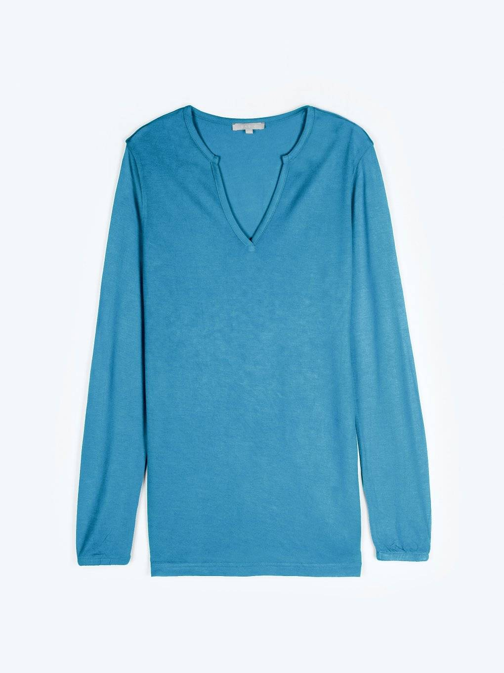 Basic viscose v-neck t-shirt