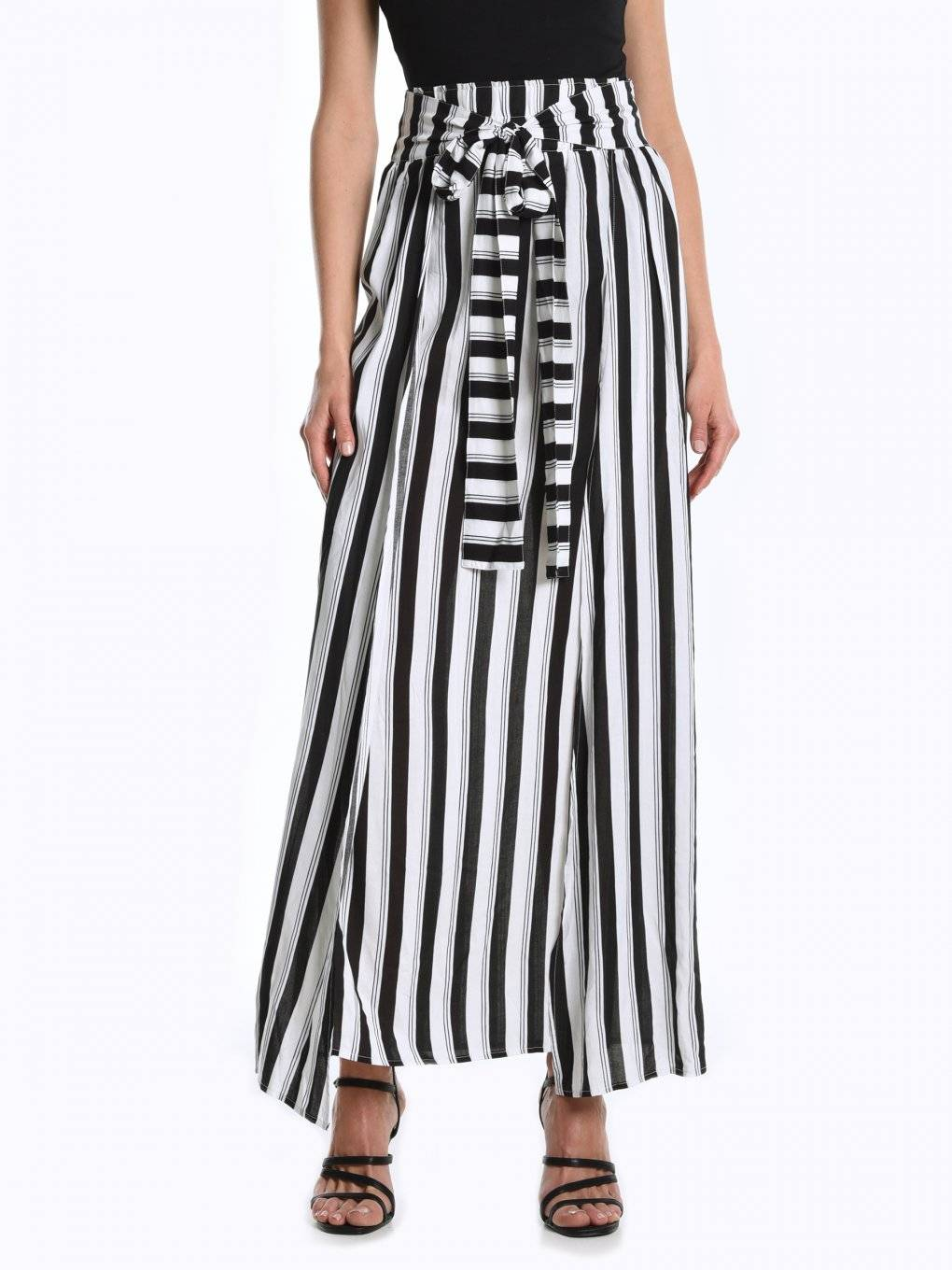 Maxi striped skirt