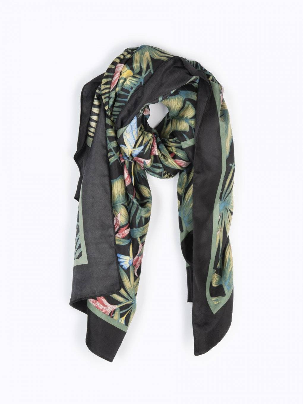 Tropical print pareo