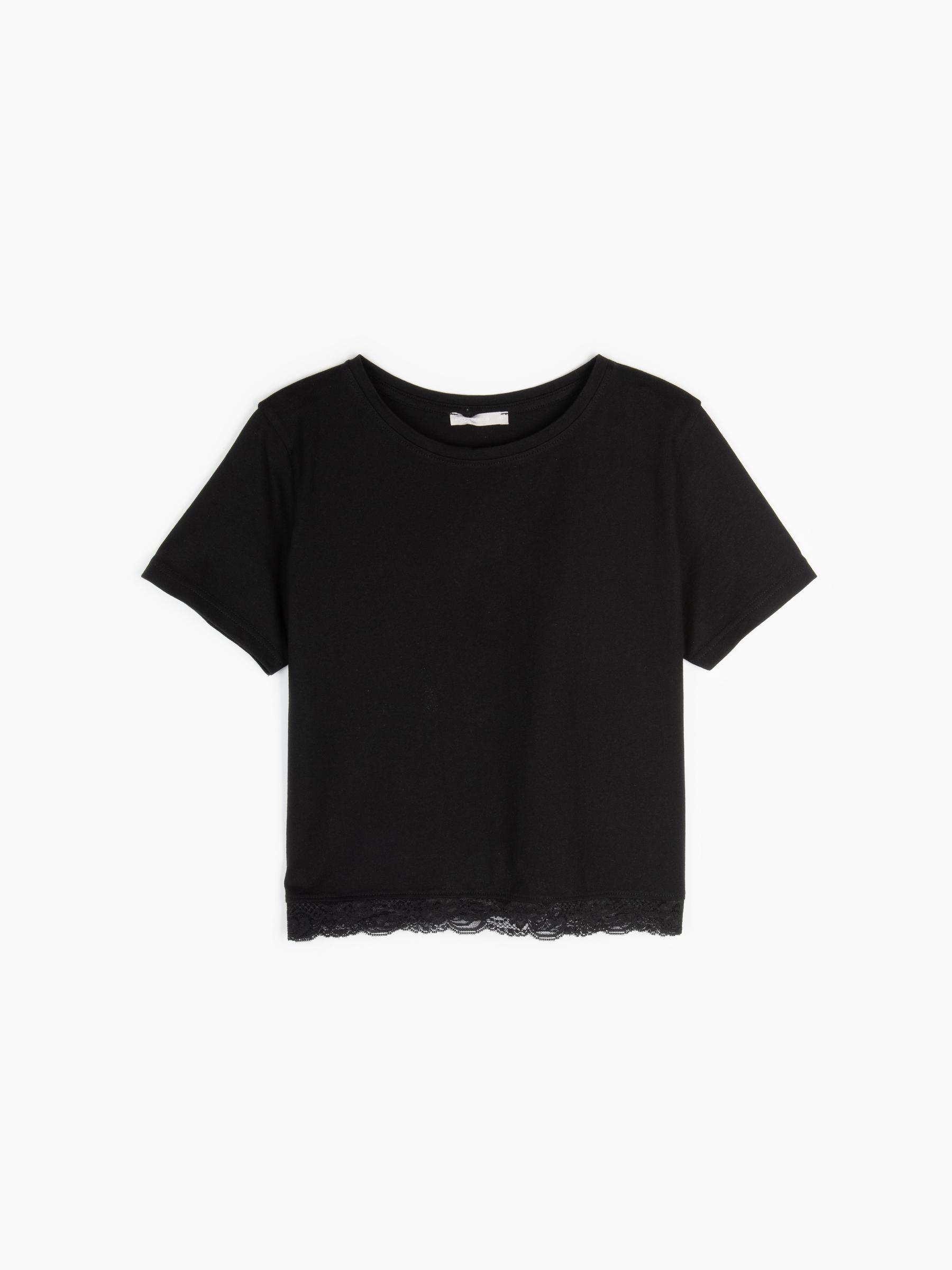 GATE Krátke bavlnené tričko s čipkou